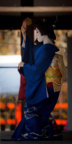 Gei芸Mai舞Ko妓 : 画像 上七軒・市まりさん