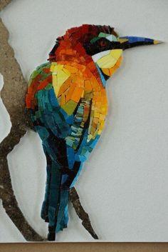 Из того, что под руками - рукоделие, декор, дизайн — НЕОБЫЧНАЯ МОЗАИКА | OK.RU Mosaic Tile Art, Mosaic Artwork, Mosaic Glass, Stained Glass, Mosaic Animals, Mosaic Birds, Mosaic Art Projects, Mosaic Crafts, Glass Wall Art
