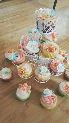 Mother's day cupcakes!! :) #mothersday #cupcakes #banana #lemon #buttercream #decoration