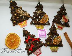 Christmas Makes, Christmas Crafts For Kids, Christmas Fun, Christmas Decorations, Coffee Bean Decor, Coffee Bean Art, Homemade Ornaments, Handmade Home, Holidays And Events