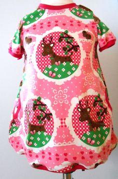 Nach dem herrlichen Schnitt Feli von rosarosa ist dieses Ballonkleid in Gr. 80 für deinen kleinen Schatz genäht.  Ein Kleid das zum Lieblingste...