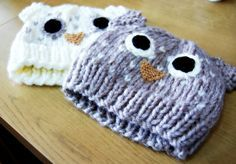 pretty column : owl hat - free adult knitting pattern by Jenny Riley.