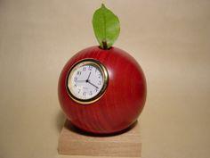 リンゴの置き時計