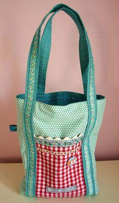 Poochie Bag by lavenderlulu, via Flickr