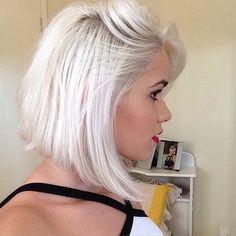 Love this short platinum blond look