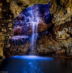 https://flic.kr/p/AXg1wp | Smoo Cave | Smoo Cave is a huge sea cave near Durness village in Sutherland, Scotland.