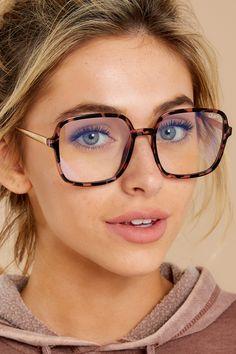 9 To 5 Black Clear Blue Light Glasses Brown Glasses, Gorgeous Eyes, Fashion Over 50, Boutique Dresses, Stylish Dresses, Latest Fashion Trends, Dress To Impress, Quay Australia, Light Blue