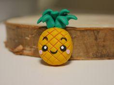 Kawaii & Candy Anhänger - Halskette mit Ananas als Anhänger - handmade - ein Designerstück von zwergschmuck bei DaWanda