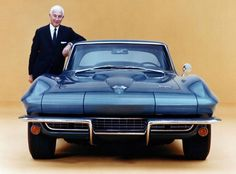 Zora Arkus Duntov, diseñador corvette sing ray 1963.