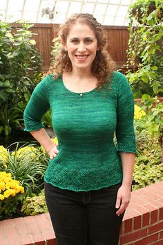 Ravelry: Elphaba Pullover pattern by Mary Annarella