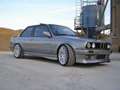 BMW e30  Visit us on Facebook: https://www.facebook.com/bmwklubsrbija