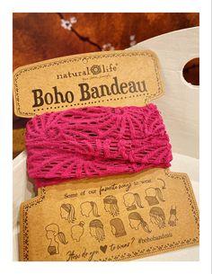 Uit de NATURAL LIFE @naturallife de gehaakte BOHO BANDEAU in een mooie roze kleur. Ze zijn allemaal prachtig, bekijk hier de gehele collectie bij LOVELY SCARFS 💗 #bohobandeau #haarband #crochet Boho, How To Wear, Bohemian, Boho Aesthetic
