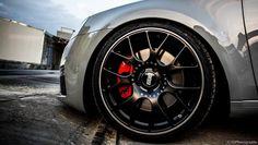 BBS CH--R Black: uno dei cerchi più apprezzati in tutto il mondo. INFO: autogold@autogold.it - #wheels #BBS #cerchi #CerchiInLega #Skoda #SkodaOctavia Alloy Wheel, Cars And Motorcycles, Cool Cars, Volkswagen, Cool Stuff, Black, Garage, Ideas, Accessories