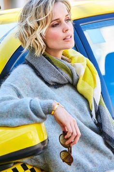Aniston Damenpullover mit Fledermausärmeln im Online Shop von Ackermann Versand #Mode #Fashion #Herbst #Autumn Boho, Outfits, Fashion Trends, Threading, Scale Model, Clothing, Breien, Suits, Bohemian
