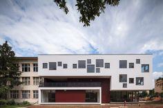 Dante Alighieri School Expansion / LTFB Studio | Bucharest