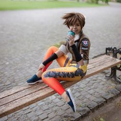 Overwatch Tracer Handmade Jacket Join our partners! Cosplay Casual, Cosplay Outfits, Cosplay Girls, Cosplay Costumes, Anime Cosplay, Cosplay Ideas, Costume Ideas, Tracer Cosplay, Overwatch Tracer