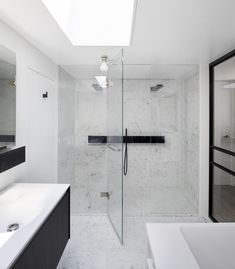 Bathroom design, marble, black and white - Tap and towel holder by Agape (Sen by Gwenael Nicolas (Curiosity) . Architecture and interior design by Valentine Bärg Architectures Interior Architecture, Interior Design, Towel Holder, Baron, Curiosity, Bathrooms, Marble, Black, Bath