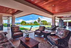 Luxury Maui Vacation Rental. Brilliant weather and layout.