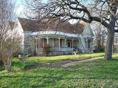 Victorian Home for sale in Texas