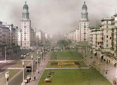 Frankfurter Tor, Ost-Berlin | 1958  Foto: Aus Central Berlin, DDR Limited, © Skjerven