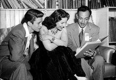Enrique Álvarez Félix, María Félix and Jorge Negrete read.