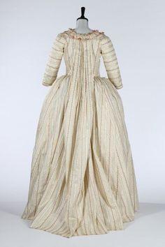 Robe à la piémontaise, 1770's