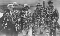 Prince Jonah Kūhiō Kalaniana'ole Pi'ikoi(1871–1922), center, on the campaign trail. Congressional visit, Hawai'i, 1915.