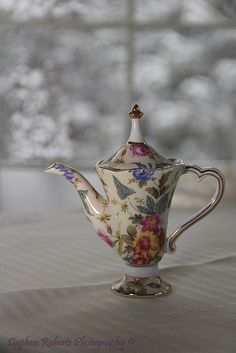 Teapot.~ think this is my antique china pattern (inherited from husband's great aunt)~ ALW