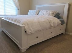 DIY King size bed with drawers and instructions Plataform Bed, Home Bedroom, Bedroom Decor, Bedroom Ideas, Master Bedrooms, Master Suite, Camas King, King Size Bed Frame, King Size Bed Headboard