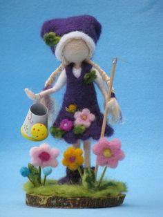 Needle felted waldorf inspired doll gardener by Wet Felting Projects, Felt Gifts, Felt Fairy, Waldorf Dolls, Fairy Dolls, Felt Dolls, Needle Felting, Wool Felt, Diy And Crafts