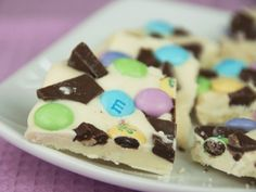 5 Things to Do With Leftover #Easter Candy (http://blog.hgtv.com/design/2014/04/21/5-things-to-do-with-leftover-easter-candy/?soc=pinterest)