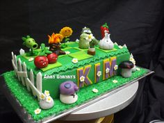 plants vs. zombies cake | Flickr - Photo Sharing!