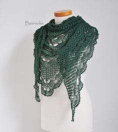 Crochet shawl Lace Green K66 by Berniolie on Etsy