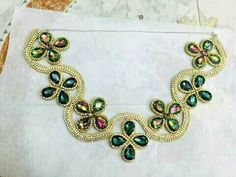 Beaded Embroidery, Embroidery Patterns, Western Show Shirts, Work Sarees, Belly Dance Costumes, Saree Blouse, Blouse Designs, Decorative Items, Crochet Necklace