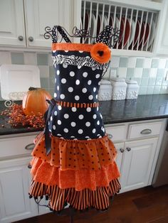 auburn apron....this will be what I wear when I'm cooking for family that's Alabama fans...Whittney...;)