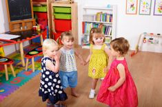 Do you ever worry if your child has enough friends?  How do you help them make friends on the go, especially if they are shy or withdrawn?