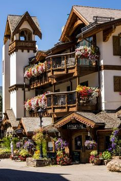 You'll find charming Swiss chalet-inspired architecture in Vail, Colorado. Wonderful Places, Beautiful Places, Villas, Places To Travel, Places To Go, Visit Denmark, Portuguese Culture, Us Destinations, City Aesthetic