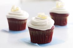 Red Velvet Cupcakes Recipe - Kraft Recipes. These were super simple to make and tasted amazing!! Everyone in my family raved and raved about these!! You HAVE to try these! I used chocolate fudge pudding instead of regular chocolate.