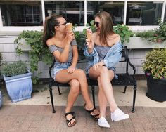 ice cream with my best friend! Instagram: hannah_meloche Pinterest: hannahmeloche