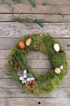 Christmas Wreaths, Easter, Holiday Decor, Spring, Crown Cake, Homemade, Easter Activities
