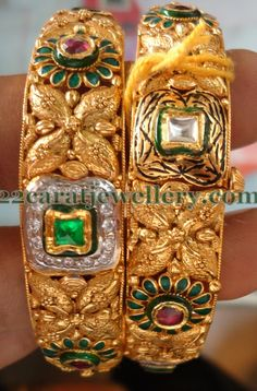 Latest Collection of best Indian Jewellery Designs. Trendy Jewelry, I Love Jewelry, Gold Jewelry, Beaded Jewelry, Jewelry Design, Traditional Indian Jewellery, Indian Jewelry, Gold Bangles Design, Gold Choker Necklace