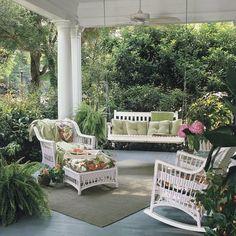 Lush southern porch www.amandafarwick.com