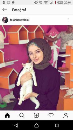Abaya Fashion, Muslim Fashion, Fashion Outfits, Womens Fashion, Anime Muslim, Casual Hijab Outfit, Abaya Designs, Hijabi Girl, Hijab Tutorial