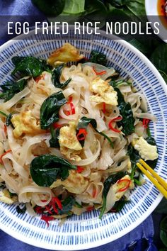 Simple ingredients, great flavour. Egg fried rice noodles are quick to prepare using the easy Chinese dressing formula. #redhousespice Chilli Pasta, Fried Rice Noodles, Oriental Food, Noodle Recipes, Vegan Vegetarian, Pasta Salad, Foodies, Spice, Vegan Recipes