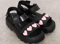 Dr Shoes, Sock Shoes, Me Too Shoes, Vegan Sandals, Vegan Shoes, Pretty Shoes, Cute Shoes, Plastic Sandals, Aesthetic Shoes