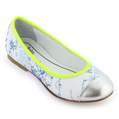 Gazette print leather flats