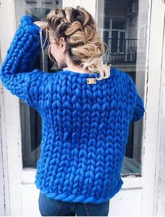 Thick Sweaters, Hand Knitted Sweaters, Knitted Hats, Knitting Yarn, Hand Knitting, Extreme Knitting, Big Knits, Thick Yarn, Chunky Wool