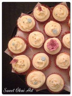 2016.03.17 - Cupcakes vanille/chocolat blanc, coeur en pomme/citron vert et top en creme au beurre pomme/vanille