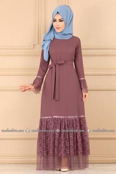 Hijab Mode, Mode Abaya, Muslim Evening Dresses, Muslim Dress, Abaya Fashion, Fashion Outfits, Moslem Fashion, Muslim Women Fashion, Abaya Designs