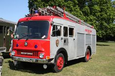 Bedford Bedford Truck, Truck Engine, Firetruck, Fire Apparatus, Emergency Vehicles, Fire Engine, Fire Department, Ambulance, Car Pictures